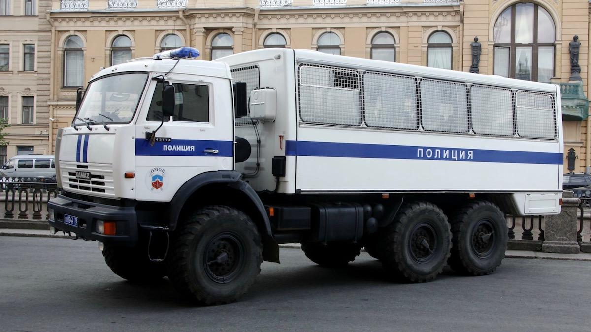 Мэрия Москвы закупит 100 автозаков на общую сумму 491 млн рублей