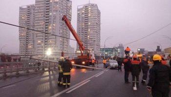 Деградация во всей красе. Почему в Киеве падают электроопоры