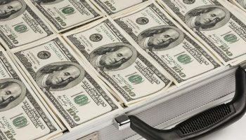 Доллары, которые вывели из России, назад уже не вернутся