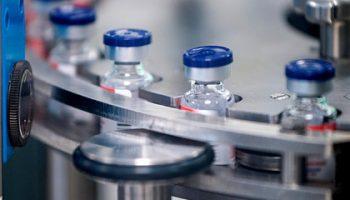 Меркель назвала условие для совместного производства российской вакцины