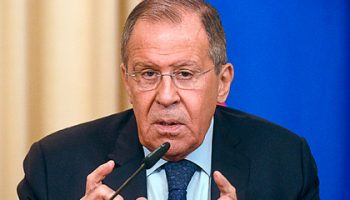 Лавров рассказал о нарушении прав русскоязычного населения на Украине