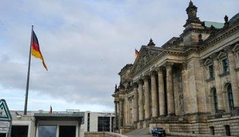 В Германии заметно увеличилось число зараженных опасной мутацией коронавируса