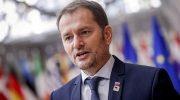 Премьер Словакии отреагировал на призывы отказаться от российской вакцины