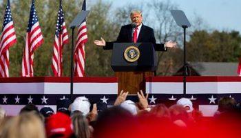 Трамп призвал к бойкоту бейсбола и Coca-Cola